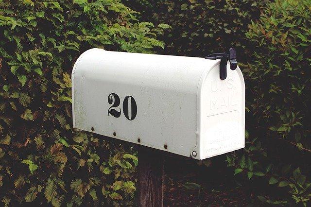 5 דברים שאסור לשלוח בדואר
