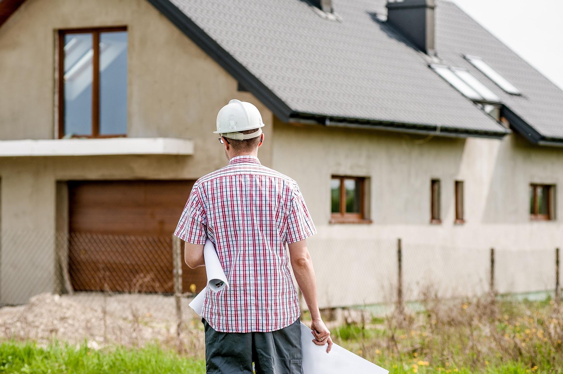 הכירו את איש המקצוע: אחריות קבלן השיפוצים במהלך שיפוץ הבית