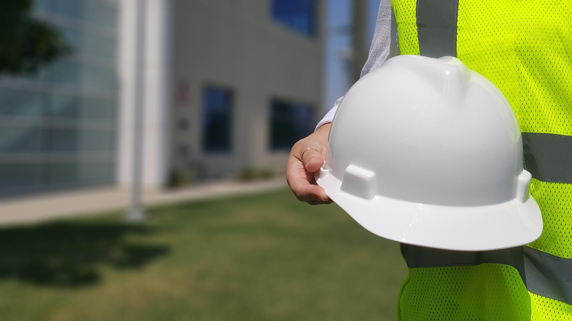 הכירו את איש המקצוע אחריות קבלן השיפוצים במהלך שיפוץ הבית