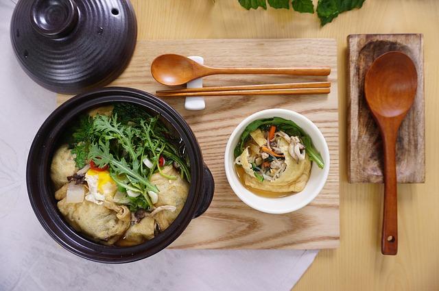 לומדים לבשל: איך מכינים מרק דגים?
